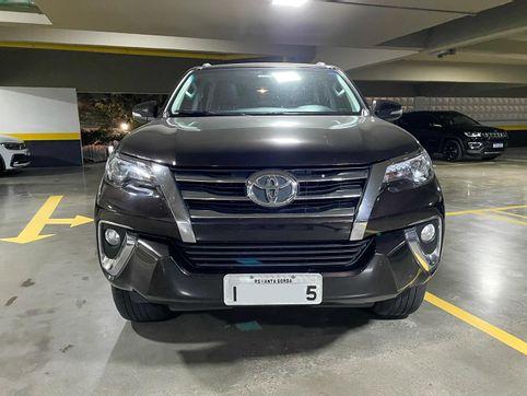 Foto do veiculo Toyota Hilux SW4 SRX 4x4 2.8 TDI 16V Dies. Aut.