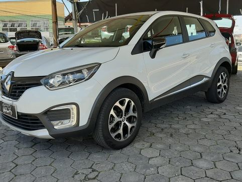 Foto do veiculo Renault CAPTUR Intense Bose 2.0 16V Flex 5p Aut.
