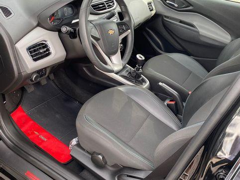 Foto do veiculo Chevrolet ONIX HATCH LT 1.0 8V FlexPower 5p Mec.
