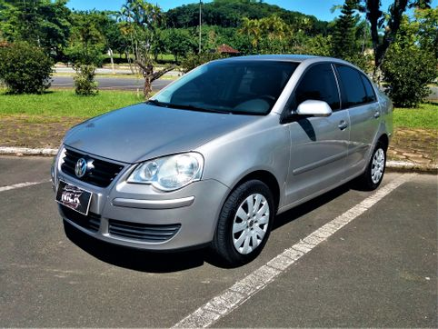 Foto do veiculo VolksWagen Polo Sedan 1.6 Mi Total Flex 8V 4p