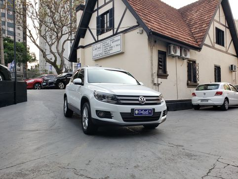 Foto do veiculo VolksWagen TIGUAN 2.0 TSI 16V 200cv Tiptronic 5p