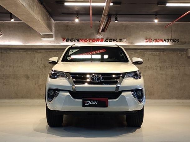 Toyota Hilux SW4 SRX 4x4 4.0 V6 24V Aut.