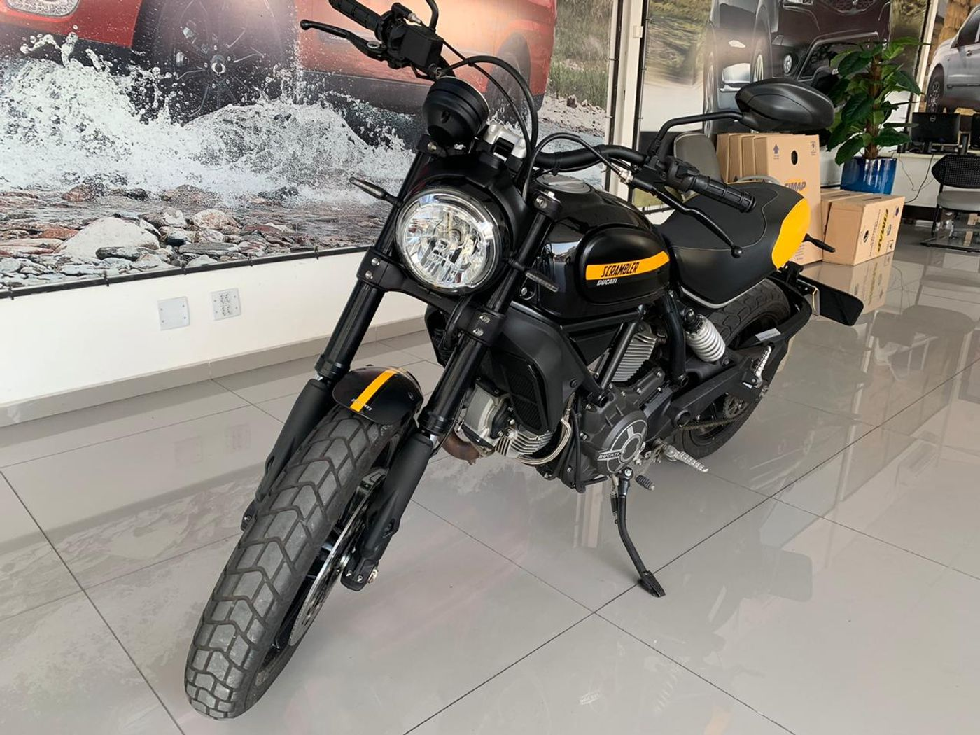 Ducati SCRAMBLER FULL THROTTLER 800cc